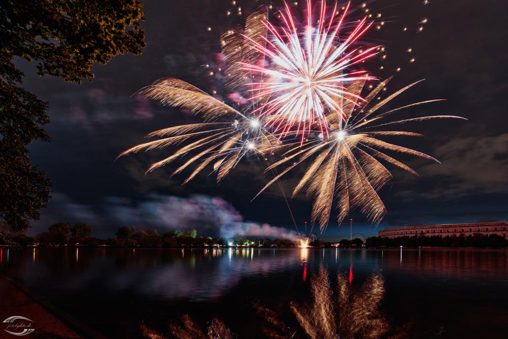Feuerwerk über dem Dutzendteich