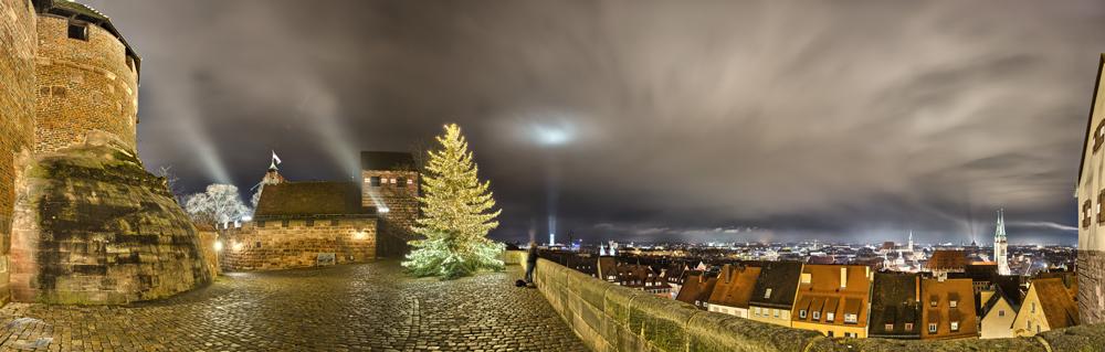 Weihnachtsbaum auf der Burgfreiung